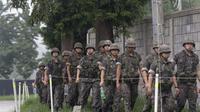 Tentara Korea Selatan bersiap melakukan pembersihan ranjau di DMZ (AP/Ah Young -joon)