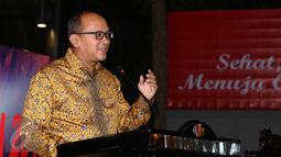 Ketua PB PABBSI Rosan P Roslani memberi sambutan pembuka Rakernas PB PABBSI di Jakarta, Selasa (20/12). Rakernas ditandai dengan pemberian bonus bagi atlet berprestasi dan dibuka Menpora Imam Nahrawi. (Liputan6.com/Helmi Fithriansyah)