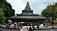 Makam Bung Karno terletak di Kelurahan Bendogerit, Kecamatan Sanan Wetan, sekitar dua kilometer kearah Utara pusat kota Blitar. (Liputan6.com/wwn)