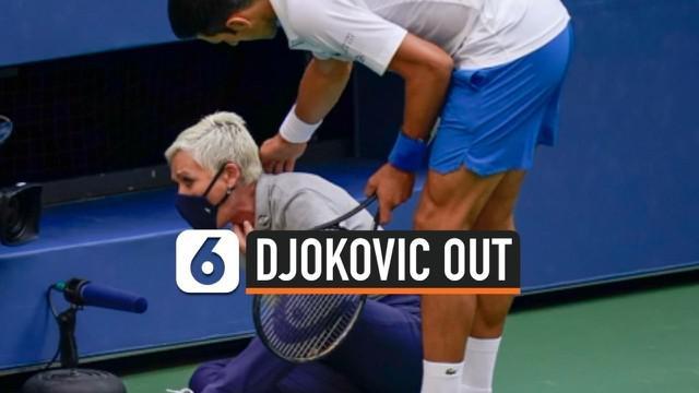 Petenis Novak Djokovic mengalami nasib malang. Pukulannya kala jeda pertandingan mengenai seorang hakim garis hingga membuatnya dinyatakan kalah dalam pertandingan.