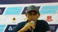 Asisten pelatih PSIS, Widyantoro. (Bola.com/Vincentius Atmaja)