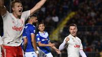 Aaron Ramsey tampil sebagai trequartista di laga Brescia vs Juventus di Serie A, Selasa (24/9). (AFP/Marco Bertolerro)