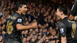 City akhirnya berhasil menyamakan kedudukan atas Chelsea lewat Sergio Aguero di menit ke-49 (AFP/Ben Stansall)