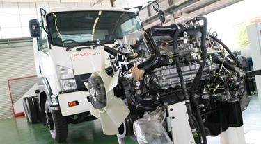 Mesin diesel Truk Isuzu Giga FVZ 285 PS