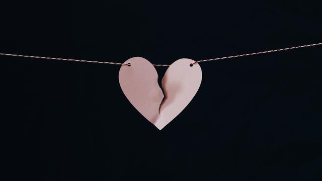 40 Kata Kata Cinta Sedih Banget Penuh Rasa Patah Hati Hot Liputan6 Com