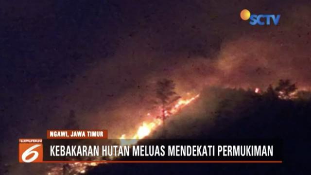 Hingga Rabu (5/9) malam, kebakaran hutan Gunung Lawu, Jawa Timur,meluas hingga hampir dekati permukiman warga.