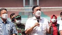 Menteri Koordinator Bidang Kemaritiman dan Investasi Luhut Binsar Pandjaitan mengunjungi beberapa Sentra Vaksinasi dan Pusat Isolasi Terpadu di Kabupaten Bogor, Jawa Barat, Sabtu 14 Agustus 2021.