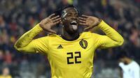 9. Michy Batshuayi - Dipinjamkan ke Dortmund dan menciptakan banyak gol. Namun faktor tersebut belum bisa menjadikan Batshuayi akan tampil di gelaran Piala Dunia 2018 karena harus bersaing dengan Romelu Lukaku. (AFP/Dirk Waem)