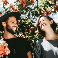 Pasangan (Foto: Unsplash/ @matheusferrero)