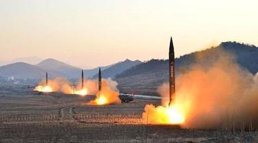 Menteri Luar Negeri AS Rex Tillerson akan berkonsolidasi dengan para sekutu di kawasan Asia Timur. VOA