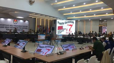 KPU melangsungkan rapat pleno hasil Pemilu 2019 di luar negeri.