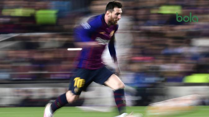 Lionel Messi saat laga Barcelona vs Liverpool dalam laga leg pertama semifinal Liga Champions di Camp Nou, Kamis dini hari WIB (2/5/2019). (AFP/Javier Soriano)