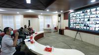 Wali Kota Semarang Hendrar Prihadi saat memimpin Rakor Evaluasi pengamanan lebaran, pemudik dan perkembangan Covid Kota Semarang pada Kamis (29/4) di Situation Room, Balai Kota Semarang.