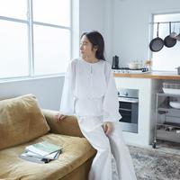 Uniqlo berkolaborasi dengan desainer asal New York, Hana Tajima untuk koleksi dengan kenyamanan yang unggul.