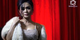 Di ulang tahun Bintang.com yang ketiga, Yuni Shara beberkan rahasia bermusiknya.