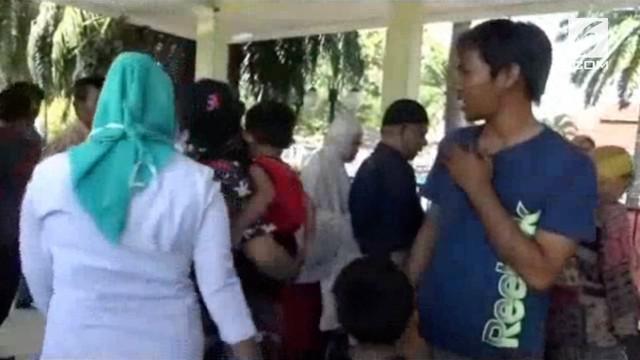 Rombongan pengungsi korban gempa Palu dan Donggala tiba di Mamuju, mereka akan menunu ke rumah kerabat yang ada di Sulawesi selatan