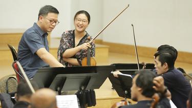 [Fimela] Suasana Latihan Jelang Konserto Biola Komponis Dunia