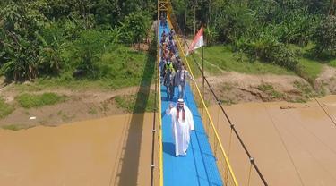 Peresmian Jembatan Gantung Ciwaru dengan Bantuan UEA