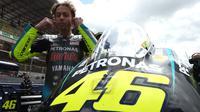 Valentino Rossi jelang balapan MotoGP Prancis di Sirkuit Le Mans, Minggu (16/05/2021). (JEAN-FRANCOIS MONIER / AFP)