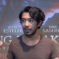 Reza Rahadian tertarik untuk bermain dalam panggung teater untuk menemukan pengalaman akting yang berbeda