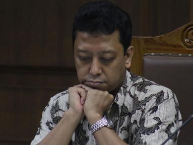 Terdakwa dugaan suap jual-beli jabatan di lingkungan Kemenag, M Romahurmuziy saat menjalani sidang lanjutan di Pengadilan Tipikor, Jakarta, Rabu (16/10/2019). Sidang mendengar keterangan saksi-saksi. (Liputan6.com/Helmi Fithriansyah)