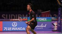 Anthony Sinisuka Ginting menyumbang angka untuk Indonesia saat mengalahkan Denmark 3-2 pada penyisihan Grup 1D Piala Sudirman Carrara Indoor Sports Stadium, Gold Coast, Australia, Rabu (24/5/2017) malam WIB. (Liputan6.com/Humas PP PBSI)