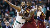 Marcus Morris cetak poin terbanyak untuk Boston Celtics saat kalahkan Cavaliers di final Wilayah Timur NBA (AP Photo/Michael Dwyer)