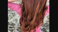 Contoh warna rambut chestnut. (dok. Instagram @thehairgoddessdiana/https://www.instagram.com/p/BnUNSFwgUNb/Dinny Mutiah)