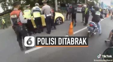 Pengendara mobil nekat kabur saat diberhentikan di pos penyekatan Klaten. Ia tancap gas dan menabrak seorang polisi hingga terpental.