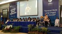 (Foto: Dok. UMN) Sidang Senat Terbuka-Kuliah Perdana Universitas Multimedia Nusantara tahun ini mengundang alumni terbaik yakni Ananda Wongso sebagai pembicara.