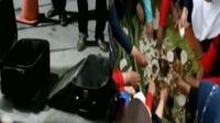Sebuah koper mencurigakan ditemukan pihak keamanan mall di Perumahan Harapan Indah. Ratusan santri Darusallam menggelar lomba memasak liwet.