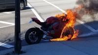 Ducari Panigale V4 terbakar. (Motorcycle.com)
