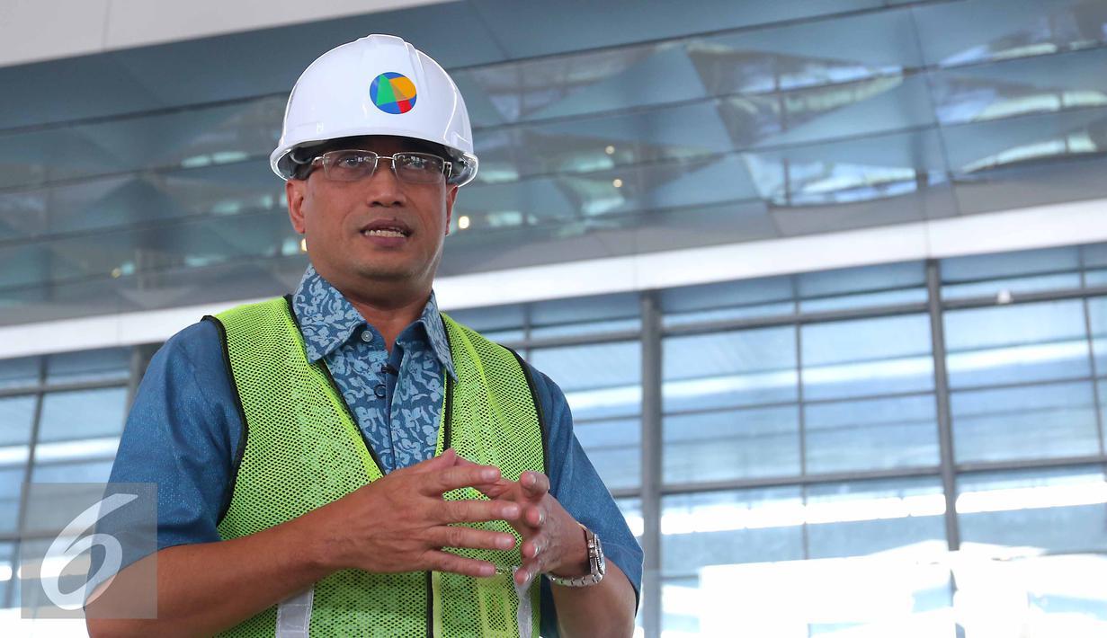 Dirut PT Angkasa Pura II Budi Karya saat wawancara khusus dengan tim Liputan6.com di Terminal 3 Ultimate Bandara Soekarno Hatta, Tangerang, Banten, Rabu (8/6). (Liputan6.com/Angga Yuniar)