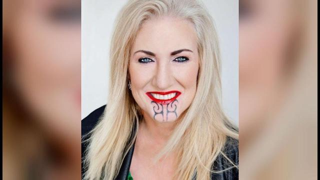 Sally Anderson, wanita kulit putih yang dianggap melecehkan seni rajah suku Maori di Selandia Baru (AFP)