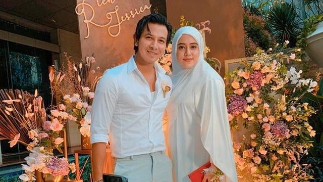 7 Momen Mesra Fairuz A Rafiq dan Sang Suami Sonny Septian, Kompak Banget