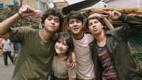Prilly Latuconsina dan para pemain Get Merried Series (Sumber: Instagram/prillylatuconsina96)