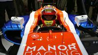 Rio Haryanto, pembalap Manor Racing, saat beraksi di Shanghai International Circuit. (Liputan6.com/Manor Racing)