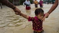 Banjir di Myanmar, lebih dari 100.000 orang mengungsi (Ye Aung Thu / AFP PHOTO)