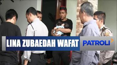 Polisi membawa sejumlah barang bukti diantaranya satu unit komputer, CCTV, dan handphone milik almarhumah Lina.