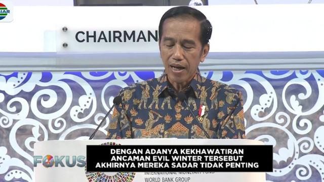 Jokowi mengibaratkan film tersebut yang menceritakan tentang kesibukan orang orang untuk memperebutan kekuasaan.