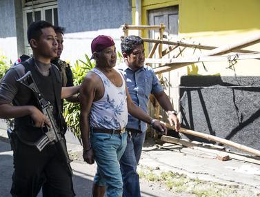 Pria Mencurigakan di Area Mapolrestabes Surabaya