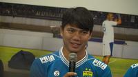 Persib Bandung memperkenalkan Achmad Jucriyanto sebagai rekrutan baru di Bandung, Kamis (18/4/2019). (Huyogo Simbolon)i