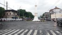 Bus Wisata di Yogya Dilarang Parkir Pinggir Jalan
