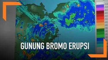 Erupsi Gunung Bromo belum membuat penerbangan dari dan menuju Surabaya maupun Bali terganggu.