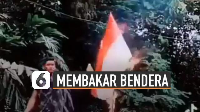 Beredar video seorang pria membakar bendera merah putih. Belum diketahui apa maksud dan tujuan pria itu melakukan tindakan tersebut.