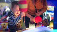 Ilustrasi anak bermain di arena rekreasi di mall (Foto: Shutterstock)
