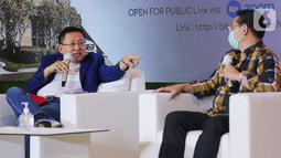 Presdir ERA Indonesia Darmadi Darmawangsa (kiri) pada acara diskusi webinar Kota Podomoro Tenjo Pas Buat Kantong Milenial di Central Park Mall, Jakarta (25/11/2020). Kota Podomoro Tenjo hadir dengan mendukung gaya hidup milenial yang produktif dengan berbagai fasilitas. (Liputan6.com/Fery Pradolo)