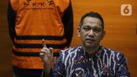 Wakil Ketua KPK, Nurul Ghufron saat rilis penahanan Bupati Bandung Barat Aa Umbara Sutisna dan anaknya Andri Wibawa di Gedung KPK, Jakarta, Jumat (9/4/2021). KPK menahan keduanya terkait dugaan korupsi pengadaan barang tanggap darurat pandemi COVID-19. (Liputan6.com/Helmi Fithriansyah)