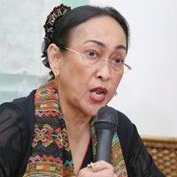Preskon Permohonan maaf Sukmawati Soekarnoputri terkait puisi Indonesia (Nurwahyunan/bintang.com)