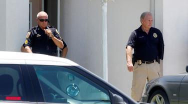 Tim SWAT di lokasi penembakan Orlando. (Reuters)